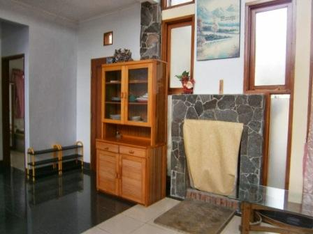Villa Gerbera 2 Blok U Lembang, Villa istana bunga, sewa villa lembang, villa lembang