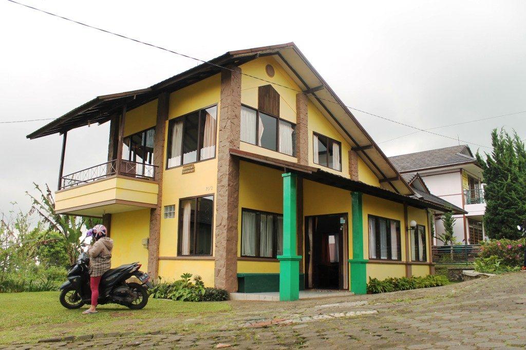 Villa Istana Bunga Blok P1 No 2 lembang, sewa villa bandung, sewa villa lembang, villa istana bunga lembang