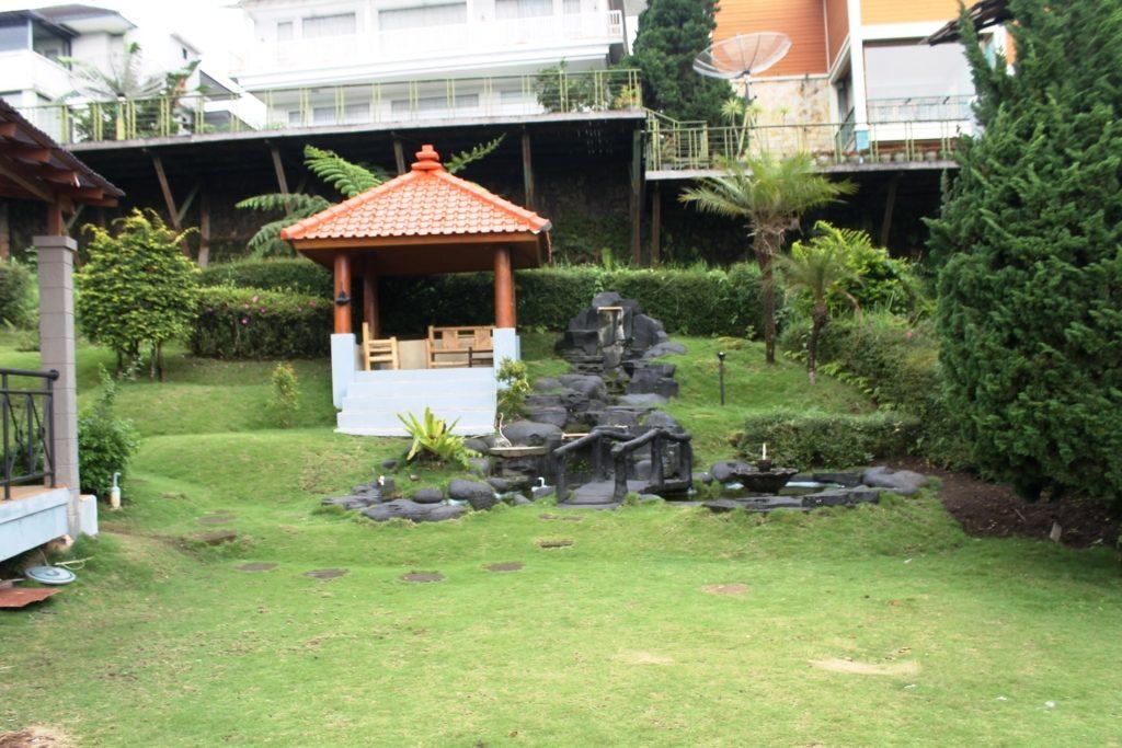 Villa Istana Bunga Blok Z1 No 9 Lembang, sewa villa 3 kamar, sewa villa lembang, villa istana bunga