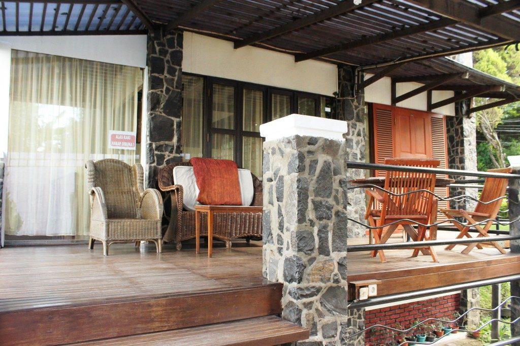 villa istana bunga 1 kamar lembang